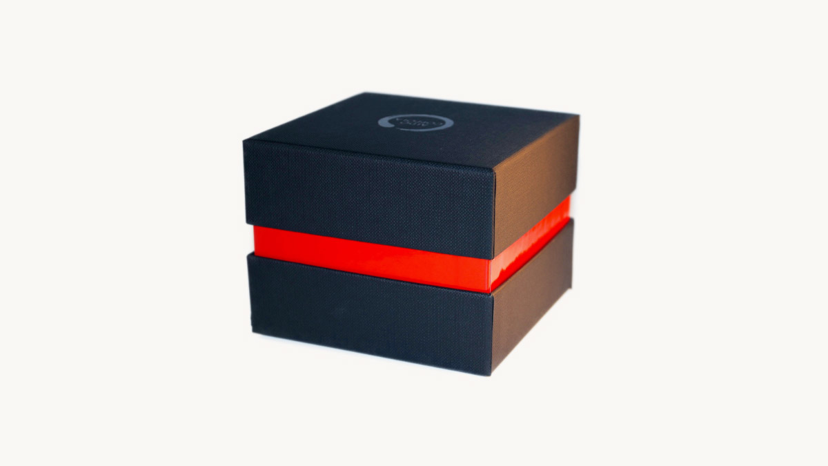 Perfume and cosmetic products boxes