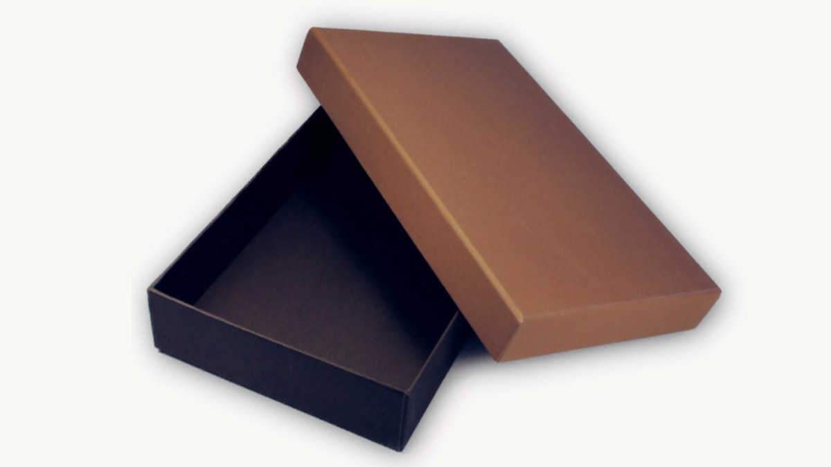 Boxes for bags, wallets, purses and belts